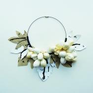 E-vasiva, Vitis, necklace