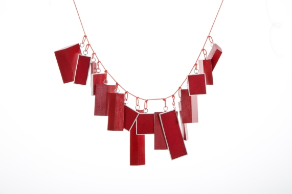 Babette Von Donhanyi, Extremely red, necklace