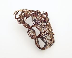 GIOIELLI IN FERMENTO 2016 – PREMIO DEL PUBBLICO Clara Del Papa, Freebound (Destinazione libertà), anello-guanto, glove ring