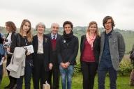 Gualtiero Marchesi, ospite d'onore di Gioielli in Fermento 2015, con Maria Rosa Franzin e gli allievi del Liceo Artistico Pietro Selvatico di Padova, premiati per la scuola con la maggiore partecipazione alla sezione Studenti del concorso