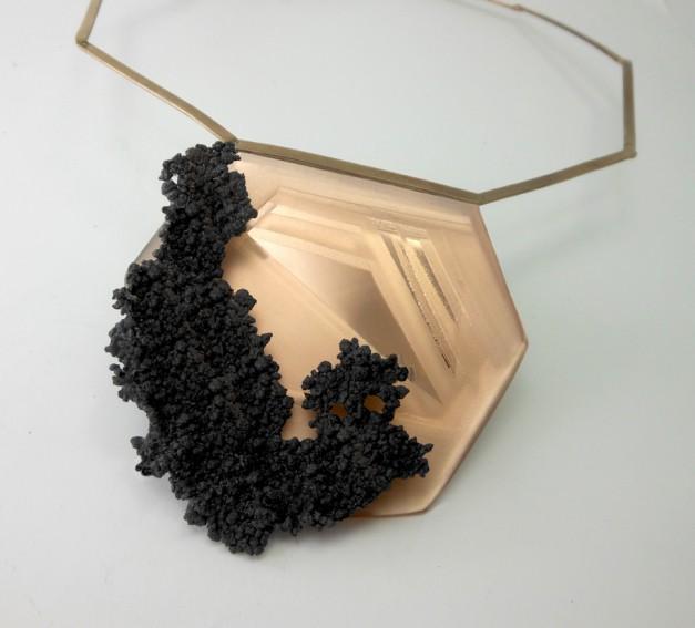 Nicoletta Frigerio, Oltre l'immagine... pensieri, Beyong image... thoughts, collana neckpiece