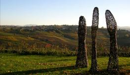 Torre-Fornello-Vigna-delle-Arti-Sculture-di-Giuliano-Mauri-foto-FMazza