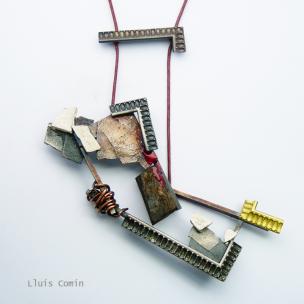 Lluis Comin - Soul reflections, necklace - menzione speciale agc Gioielli in Fermento 2015
