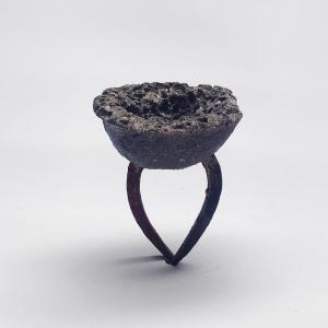 4_Marilena Karagkiozi, Alien grape, ring, anello - Menzione speciale AGC Gioielli in Fermento 2016