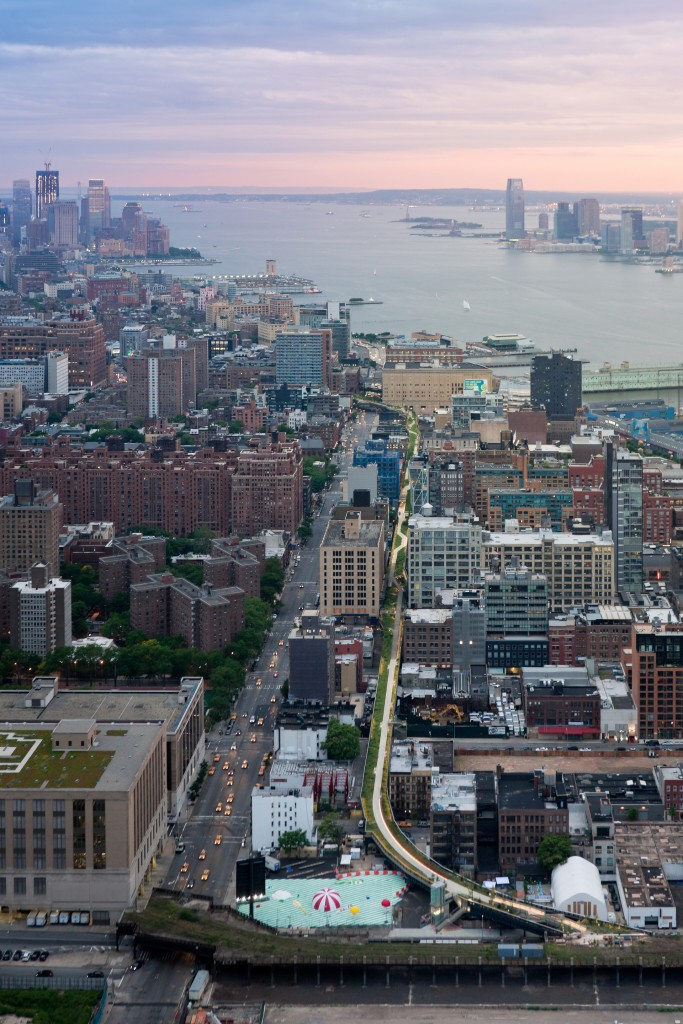 Aerial View, from West 30th Street, looking South toward the Statue of Liberty and the World Trade Center site. Image © Iwan Baan, 2011 (www.archdaily.com)