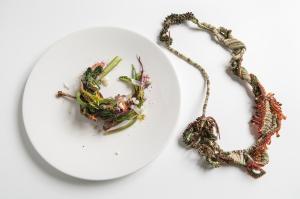 Gioielli in Fermento THE DINNER 2017 Master Collection a cura di Eliana Negroni - Collana Terroir di Sébastien Carré con Isa Mazzocchi Chef