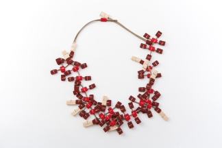 Mariantonietta Davoli IT, C2H5OH, collana/necklace, gros-grain ribbon, waxed cotton cord, polyester, Gioielli in Fermento 2019 Putti Art Gallery Special Mention