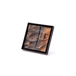 Corrado de Meo IT, Il Terroir, spilla/brooch, silver, wood, papier maché, acrylic paint, oxides, nitro paint, Gioielli in Fermento 2019 Jury Honourable Mention